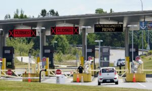 Biden Admin Extends Travel Restriction at Canada, Mexico Borders